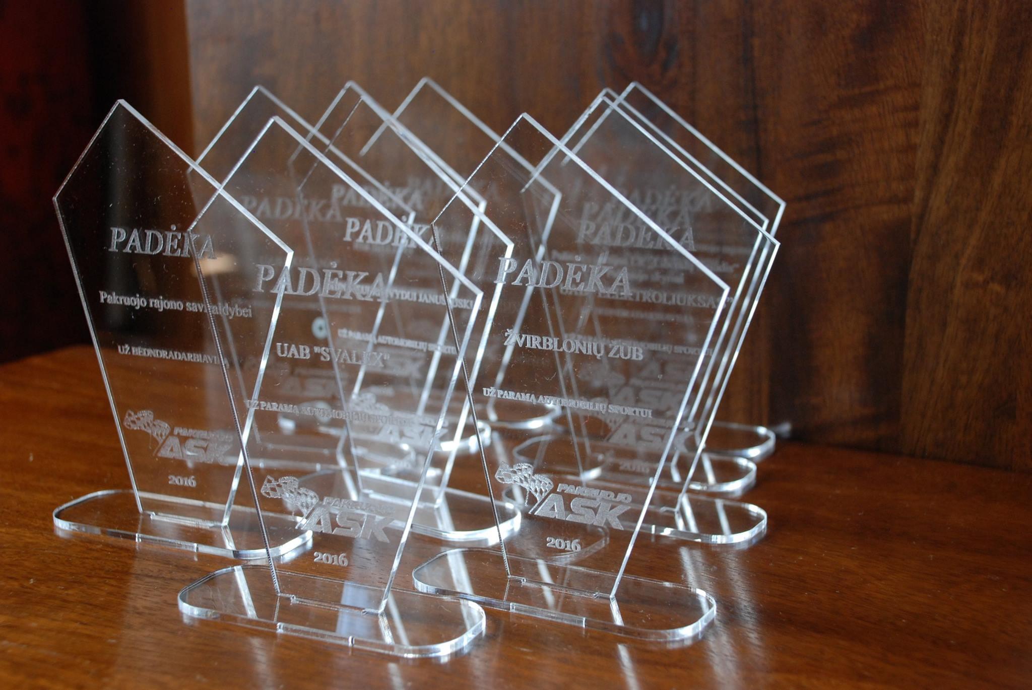 Plastikinis apdovanojimas
